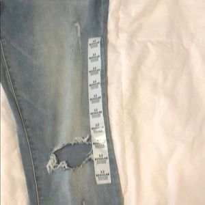 Old Navy Jeans - Rockstar Ripped Jeans
